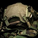 Helmet Carrying Panel (Ranger Green) z hełmem MICH2000.