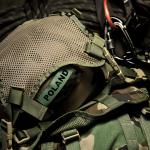 Helmet Carrying Panel (Ranger Green) z kaskiem Pro-Tec Ace Wake.
